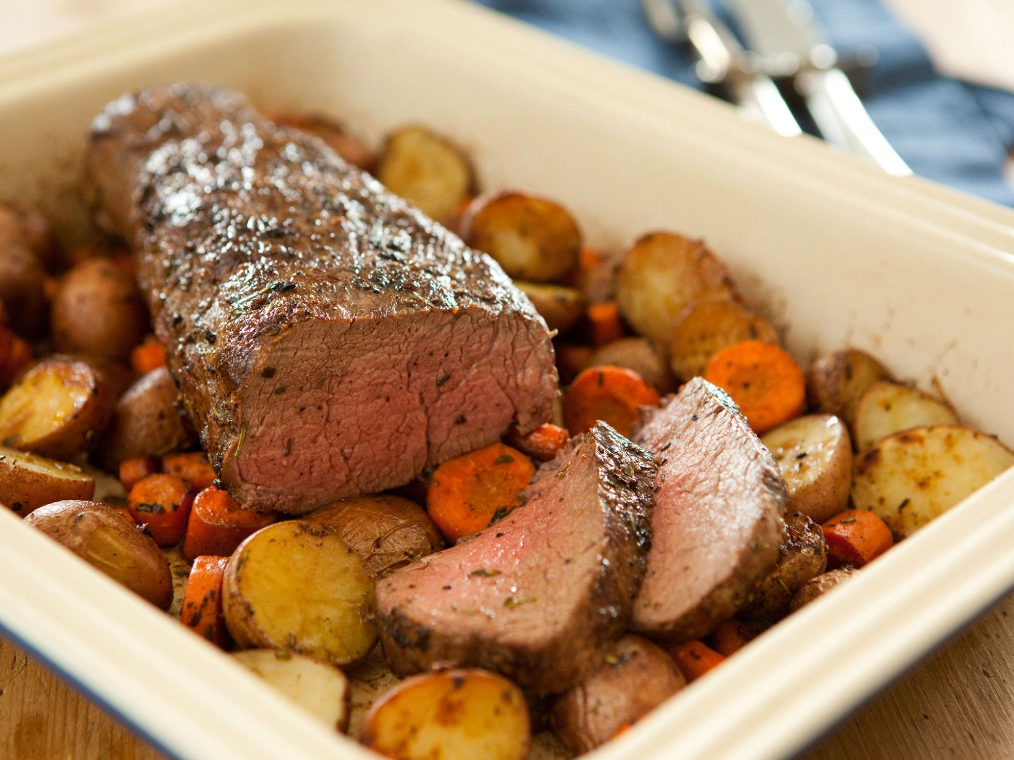 Roasted Beef Tenderloin - Recipes Beef Loin