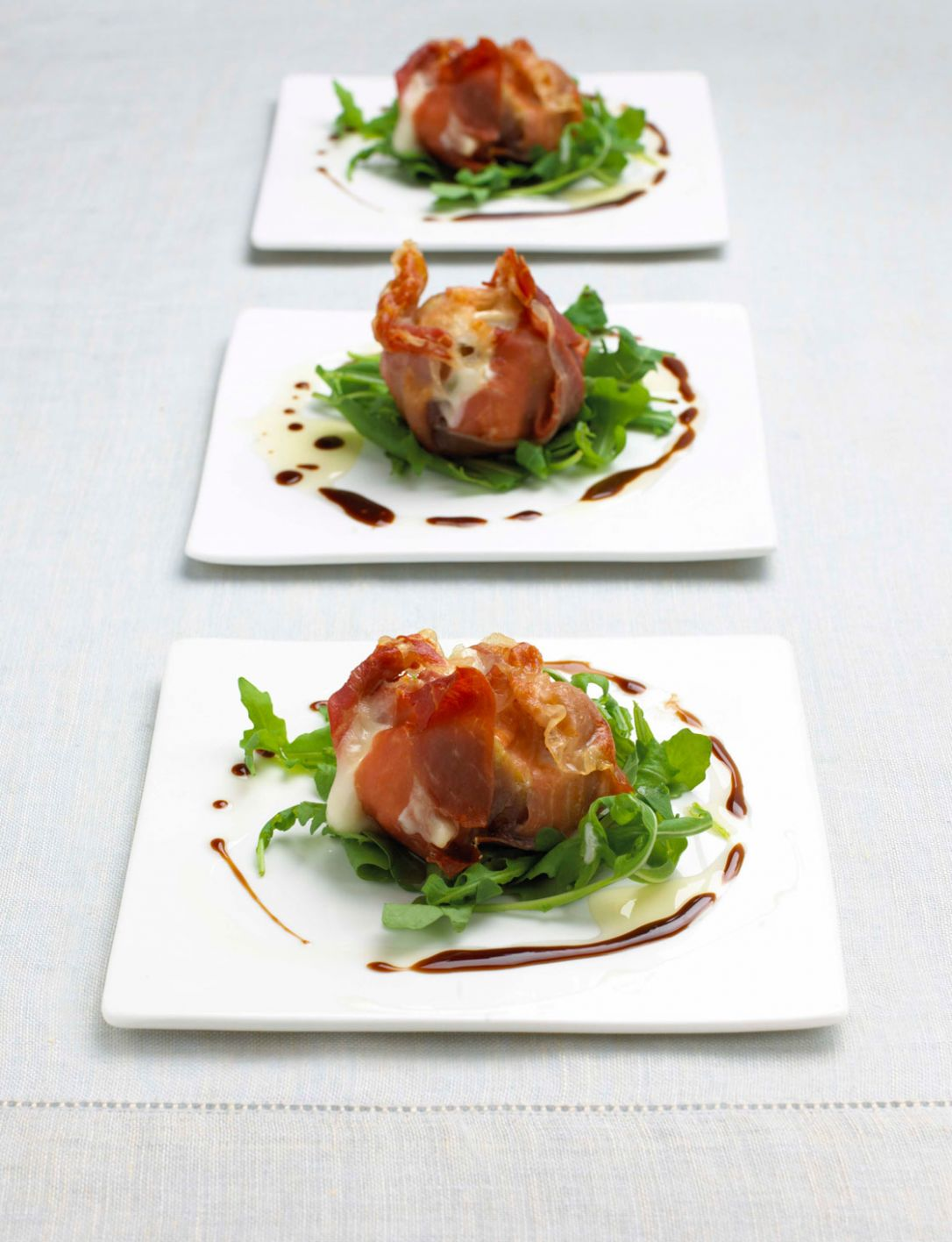 Roasted figs with Parma ham and goat's cheese