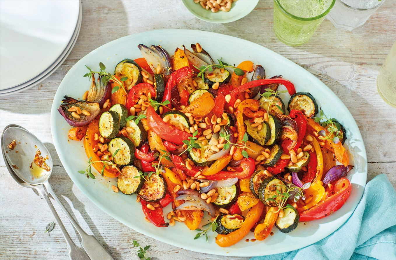 Roasted pepper and courgette salad