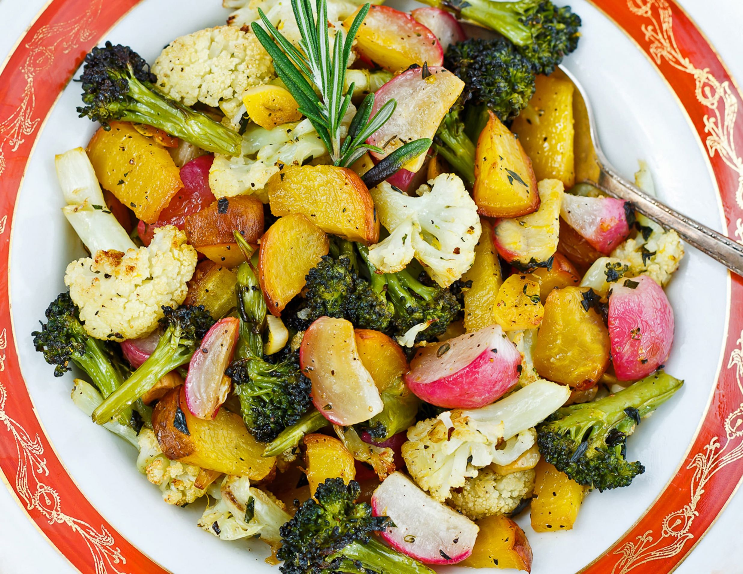 Roasted Vegetable Medley with Rosemary and Thyme - Recipes Vegetable Medley