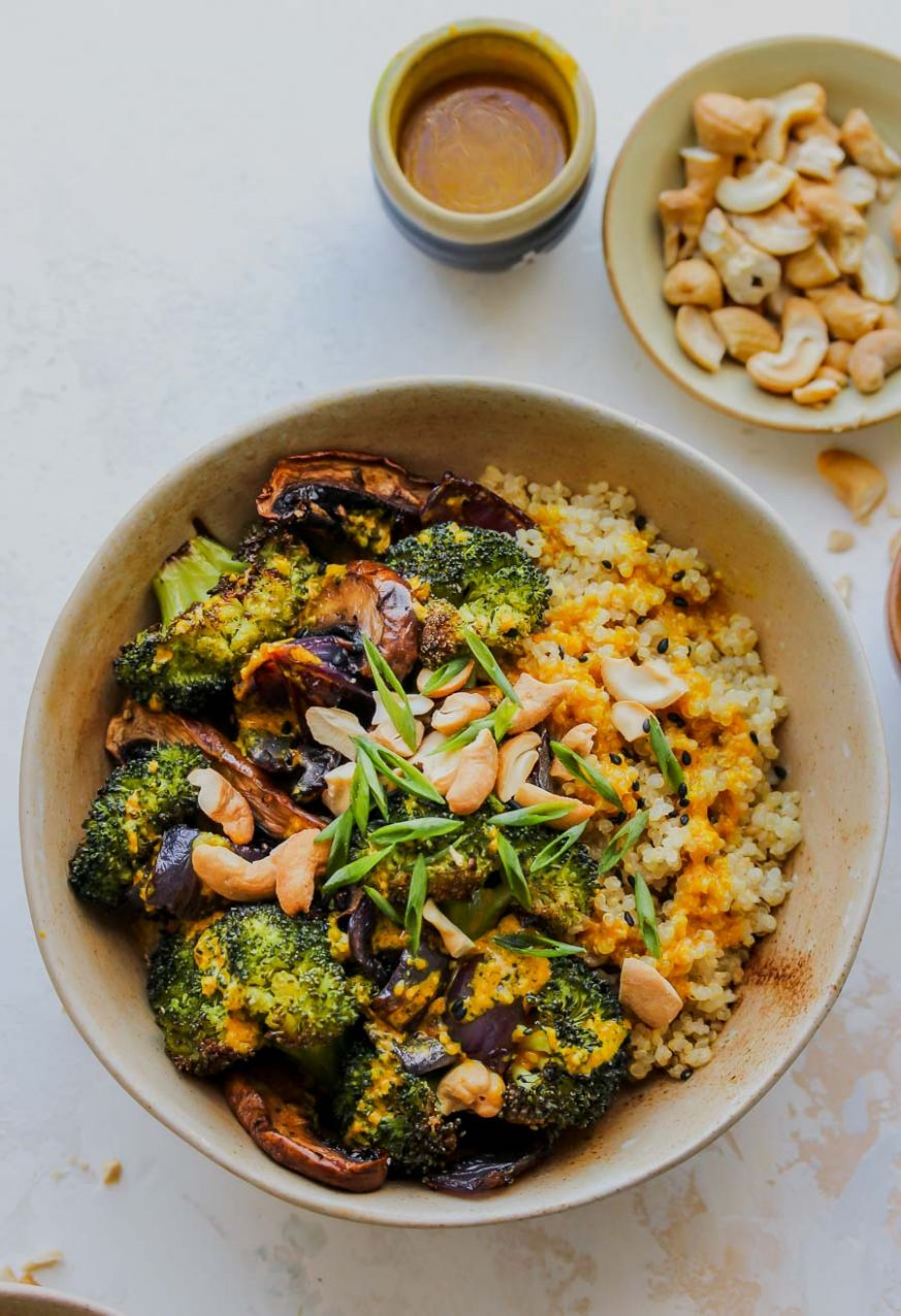 Roasted Veggie Quinoa Bowls - Recipe Vegetarian Quinoa Bowl