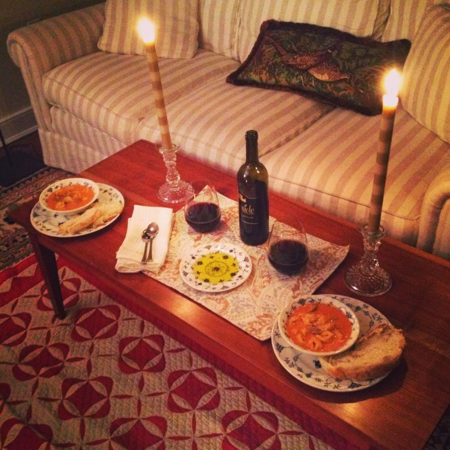 Romantic Dinner At Home On Floor Home Decor ~ duobux | Romantic ..