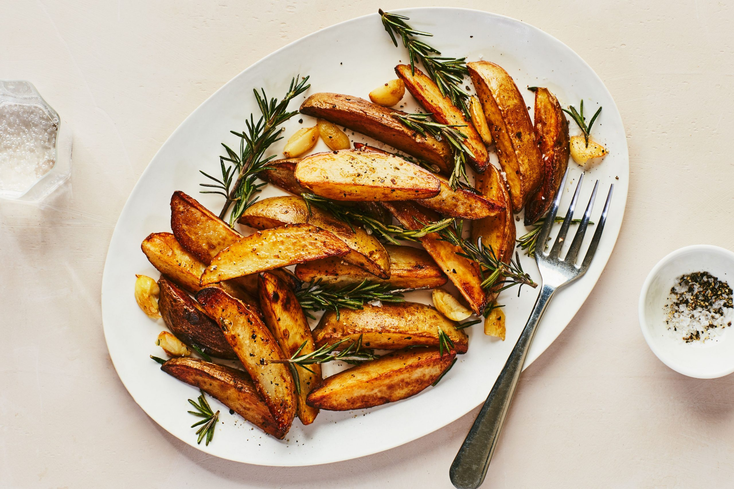 Rosemary and Garlic Roasted Potatoes - Potato Recipes Epicurious