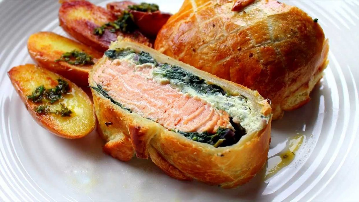 Salmon en croute recipe