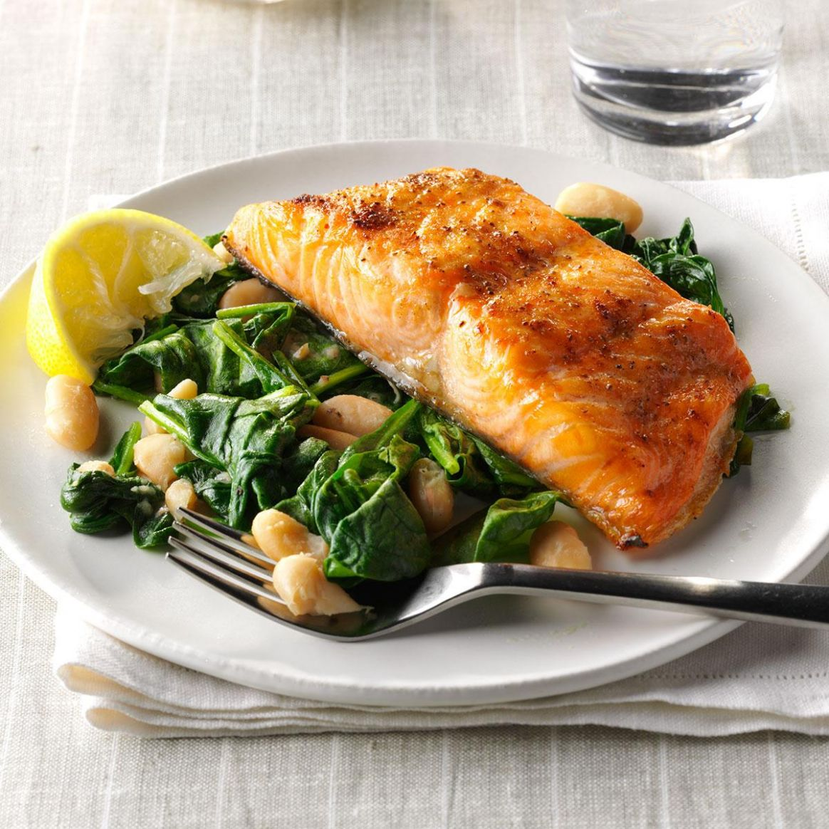 Salmon with Spinach & White Beans - Recipe Fish With Spinach