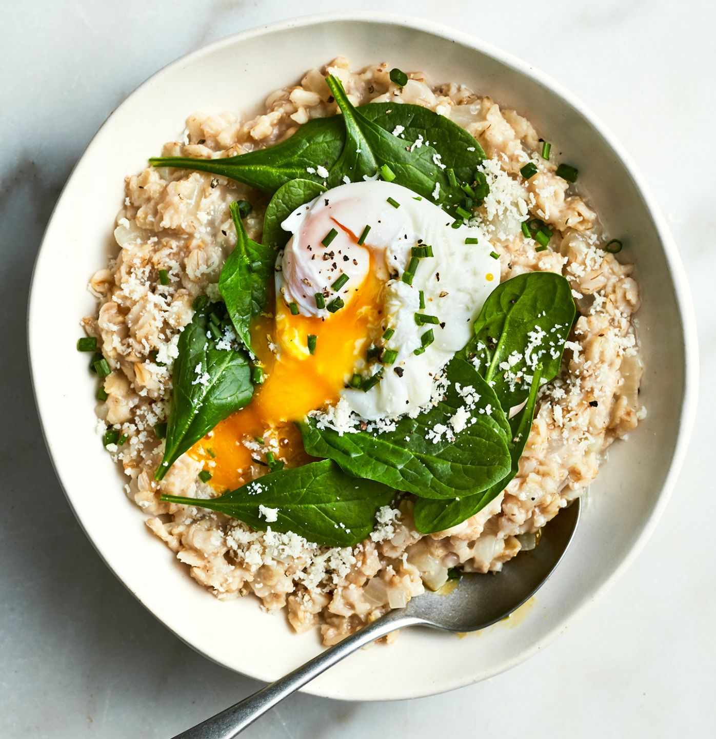Savory Oatmeal With Spinach and Poached Eggs - Recipe Egg Oats