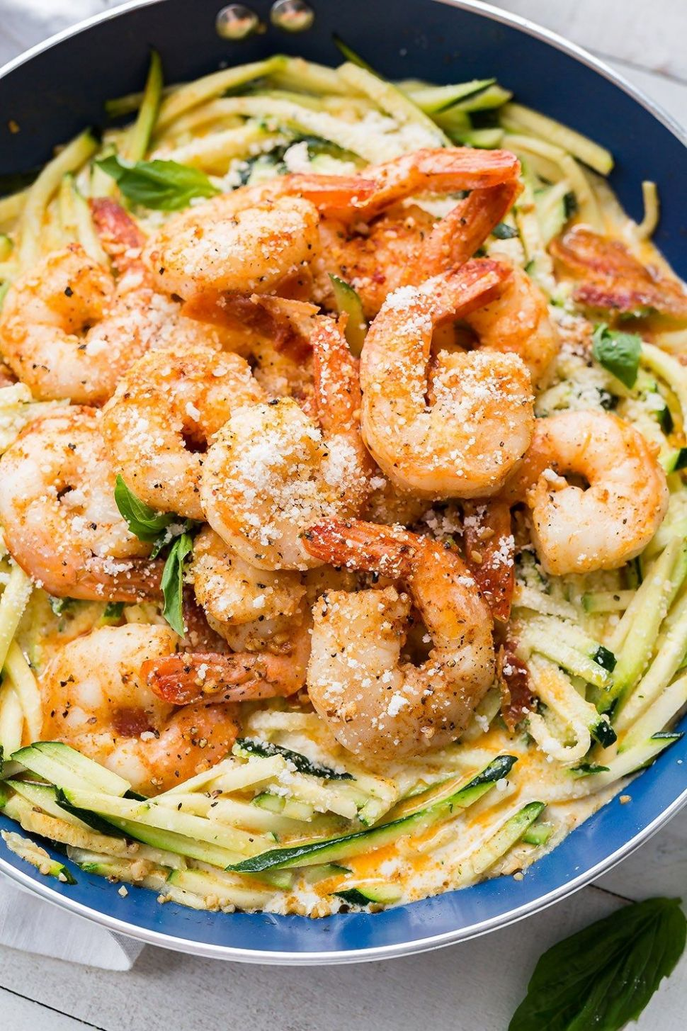 Simple Garlic Shrimp Alfredo With Zoodles - Dinner Recipes With Zoodles