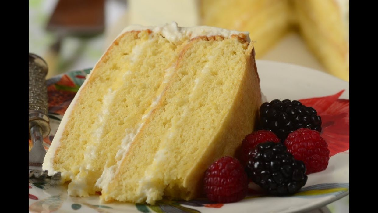 Simple Vanilla Cake Recipe & Video