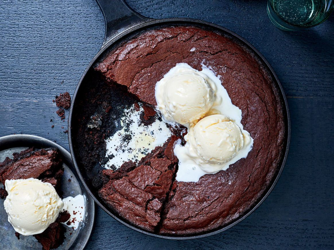 Skillet Brownies on the Grill - Dessert Recipes On The Grill