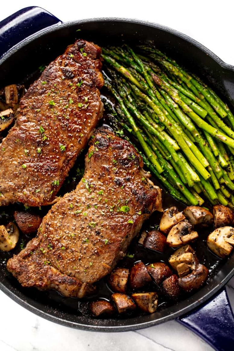 Skillet Steak Asparagus and Mushrooms - Recipes Beef Dinner