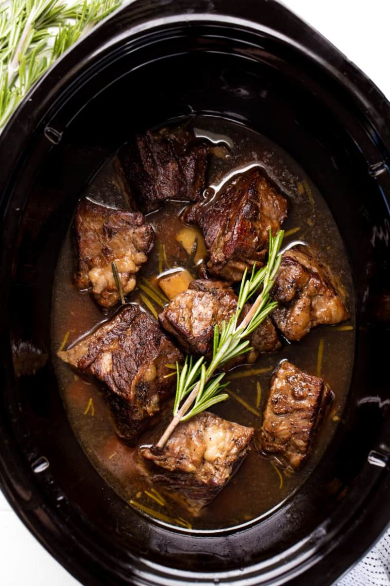 Slow Cooker Beef Short RIbs - Recipes Beef Ribs Slow Cooker