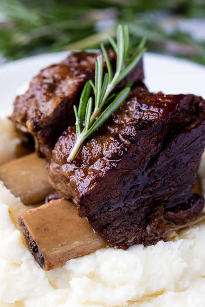 Slow Cooker Beef Short Ribs - Recipes Beef Short Ribs
