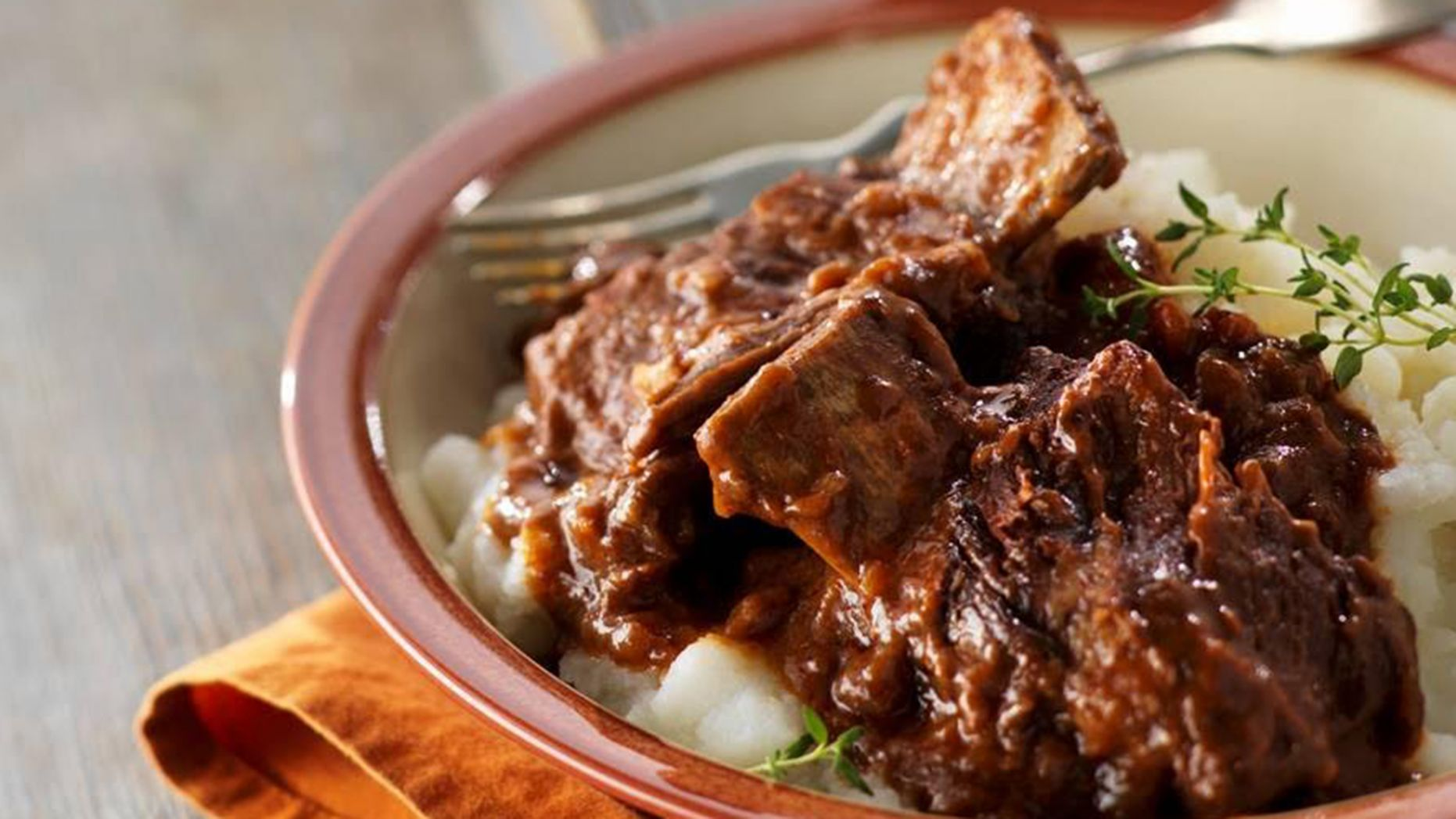 Slow-Cooker Falling-Off-the-Bone Short Ribs - Recipes Beef Ribs Slow Cooker