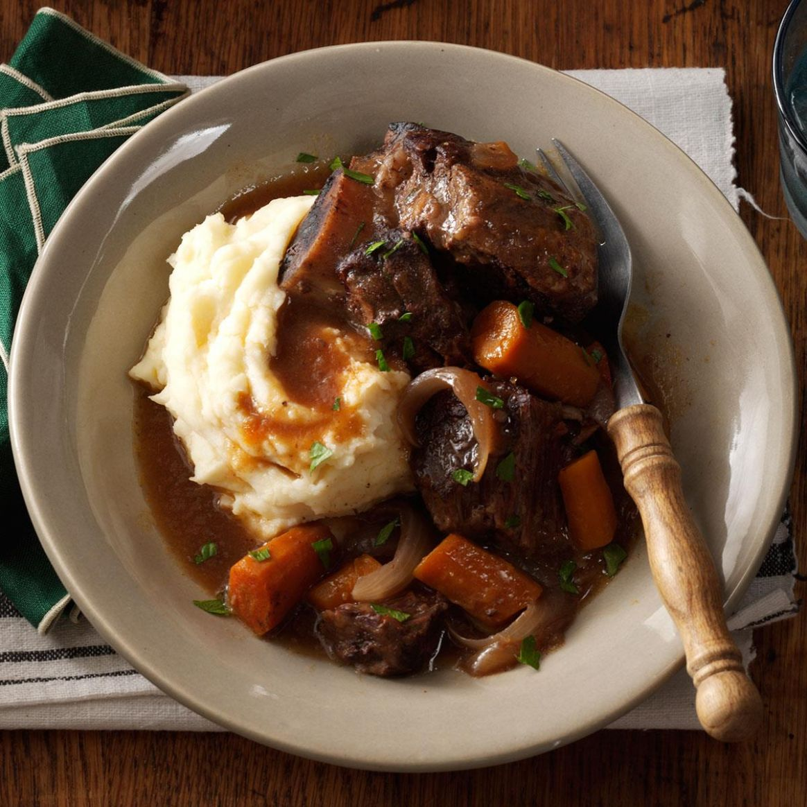 Slow-Cooker Short Ribs - Recipes Beef Ribs Slow Cooker