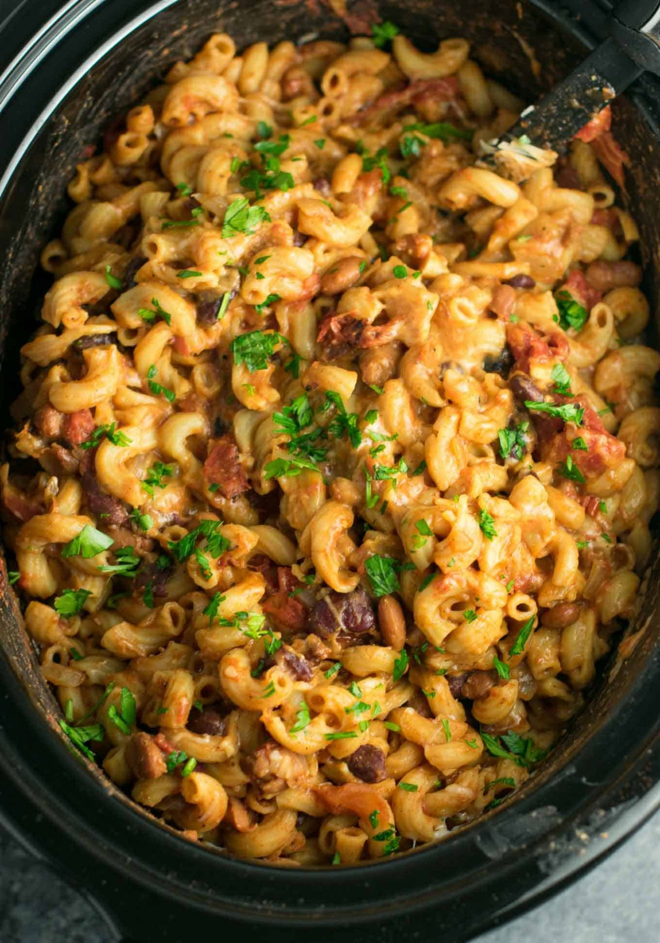 Slow Cooker Vegetarian Chili Mac Recipe - Build Your Bite