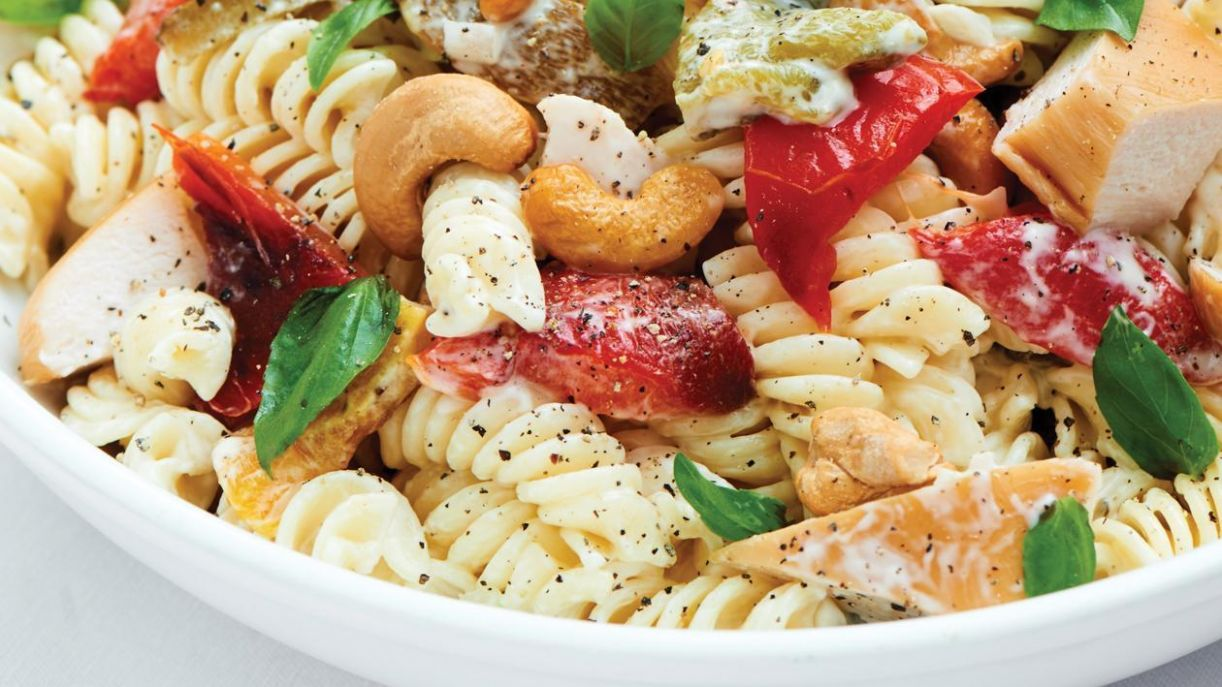 Smoked Chicken and Roasted Cashew Nut Pasta