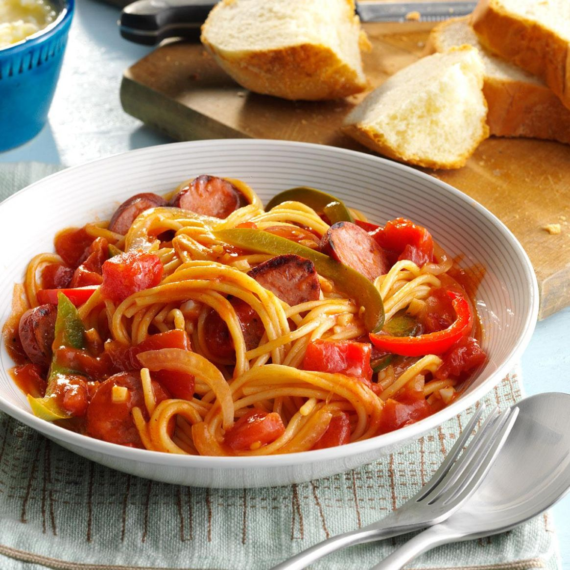Spaghetti with Sausage and Peppers - Recipes Beef Sausages
