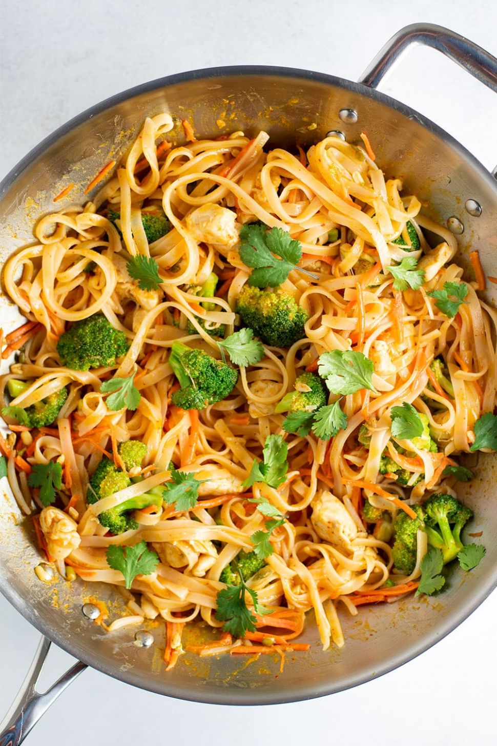 Spicy Coconut Curry Chicken and Noodles Recipe - Recipes Rice Noodles Coconut Milk