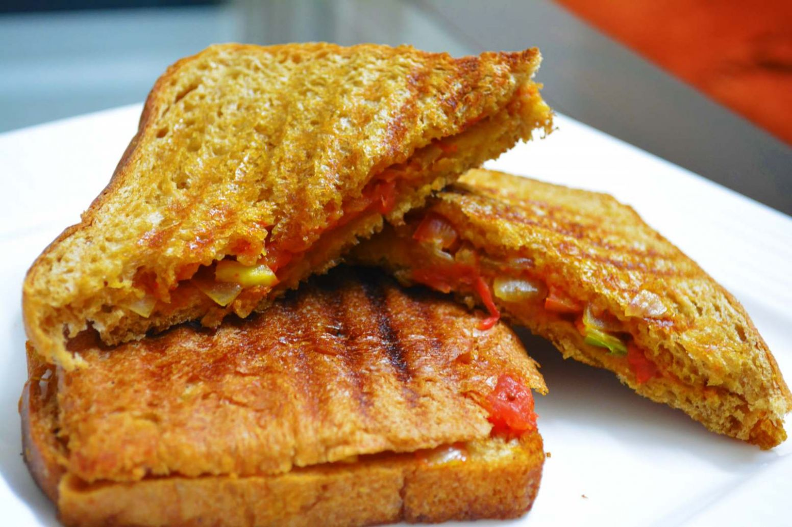 Spicy Onion Tomato Masala Sandwich Recipe
