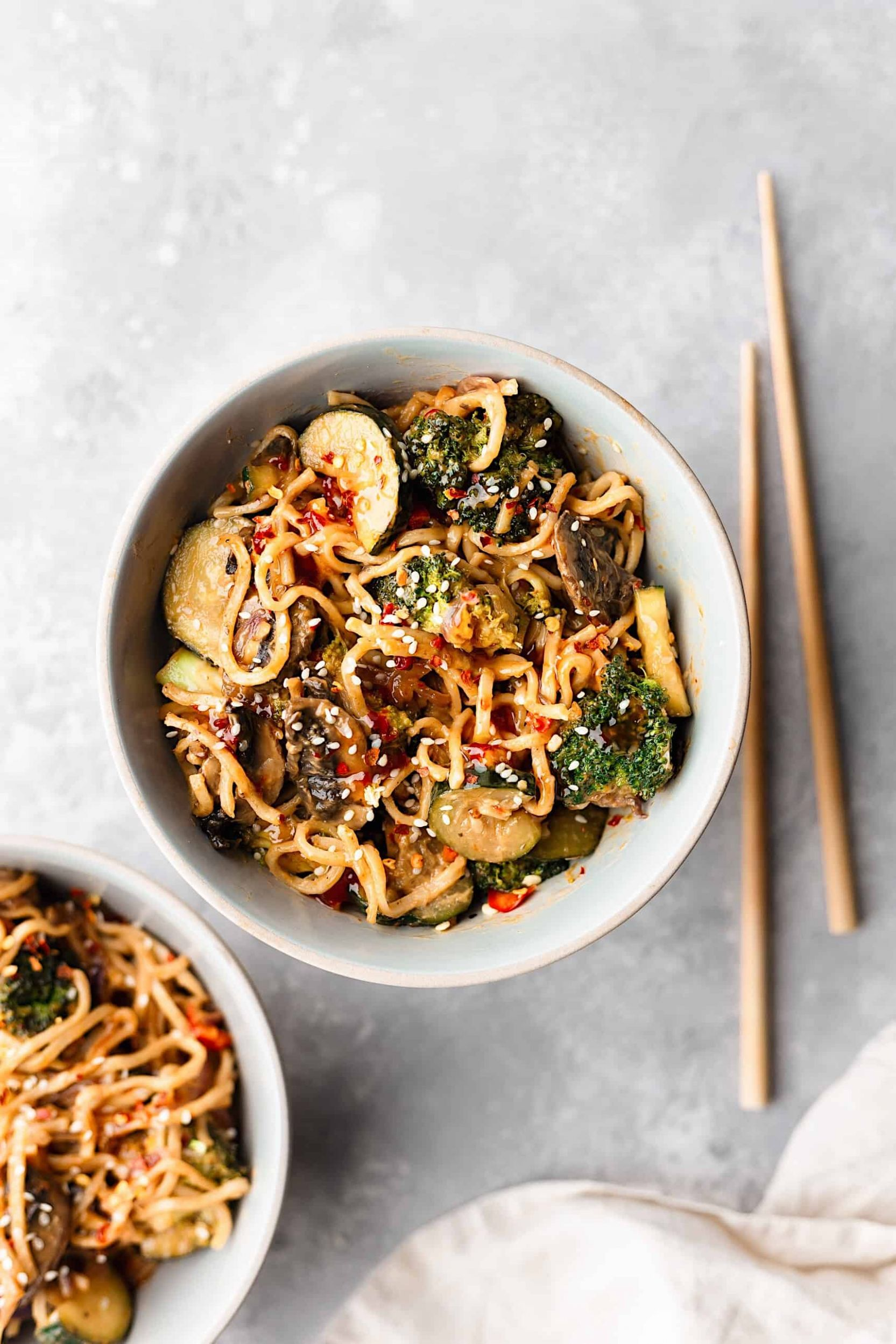 Spicy Sweet Chilli Veggie Noodles - Cupful of Kale