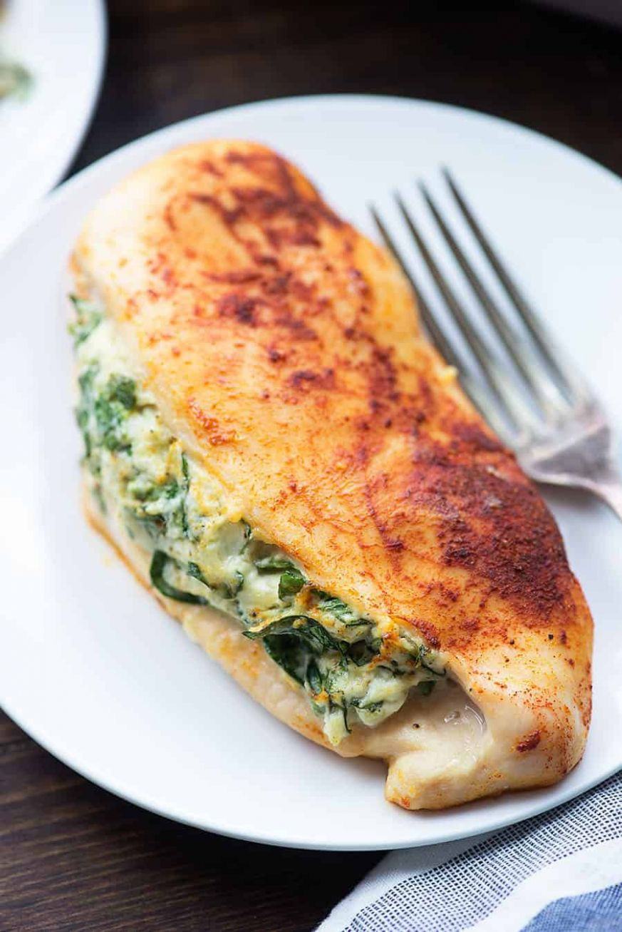 Spinach Stuffed Chicken Breasts - a healthy low carb dinner option! - Recipes Chicken Breast Stuffed Spinach