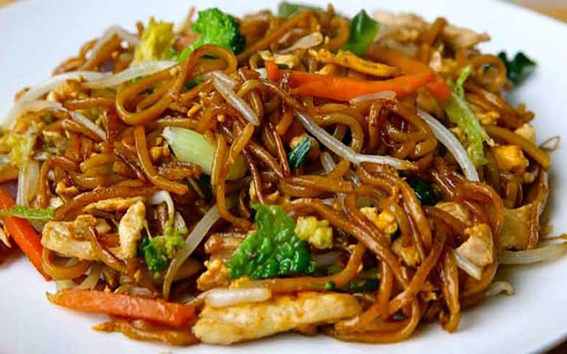 Stir Fry Egg Noodles with Chicken – Gannons Poultry
