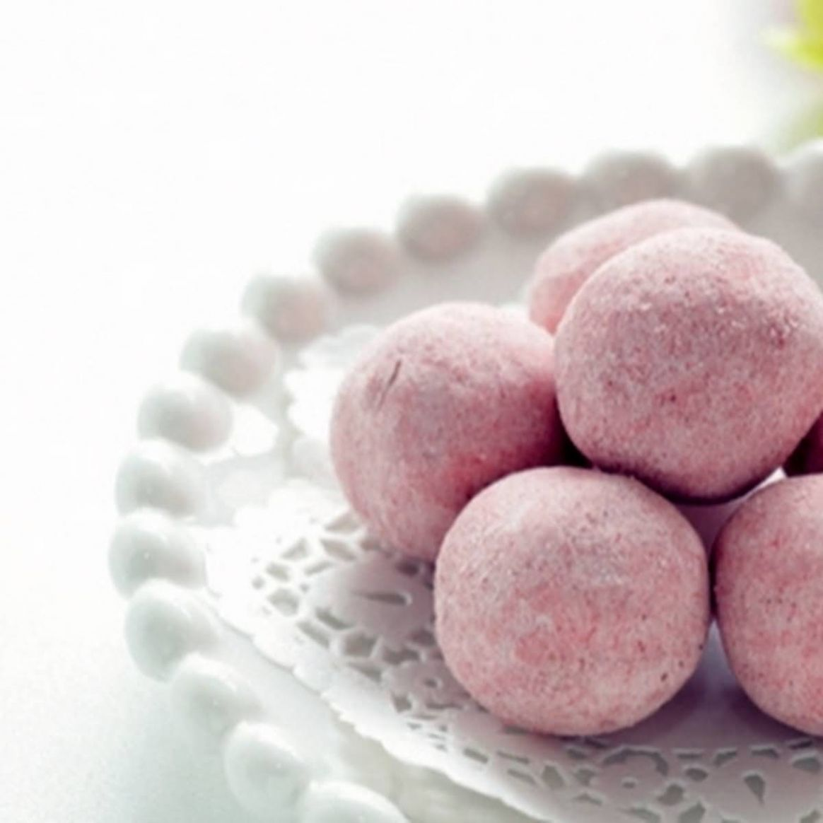 Strawberry Cheesecake Fat Bombs - Dessert Recipes Using Xylitol