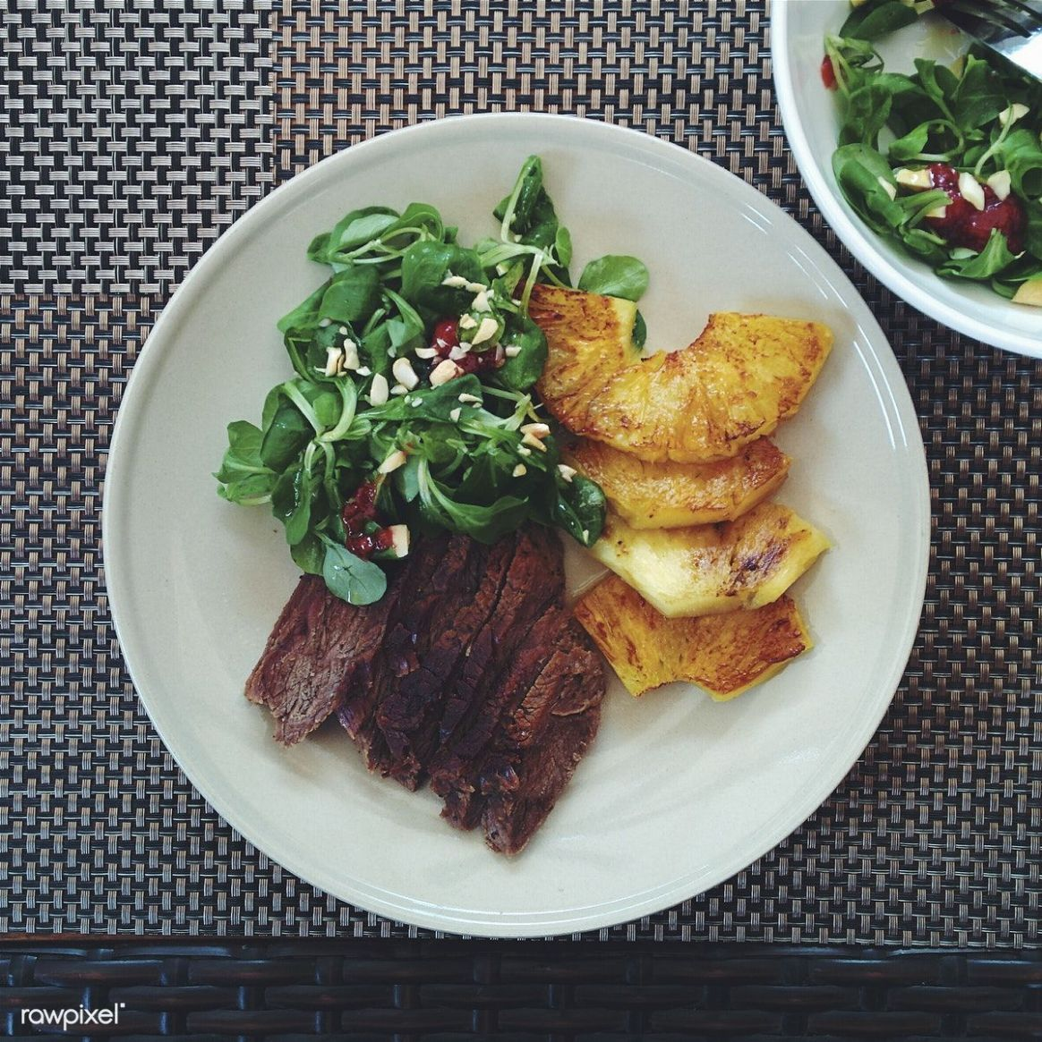 Summer roast beef with pineapple | free image by rawpixel.com ...