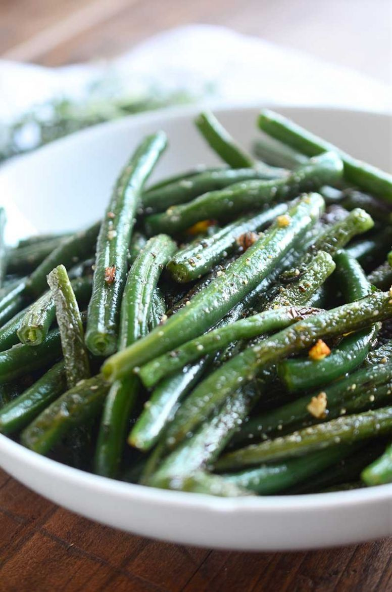 Summer Savory and Garlic Green Beans Recipe