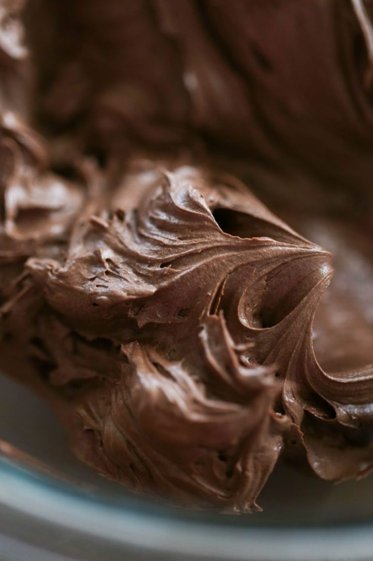 Super Easy Chocolate Frosting Recipe - Lauren's Latest
