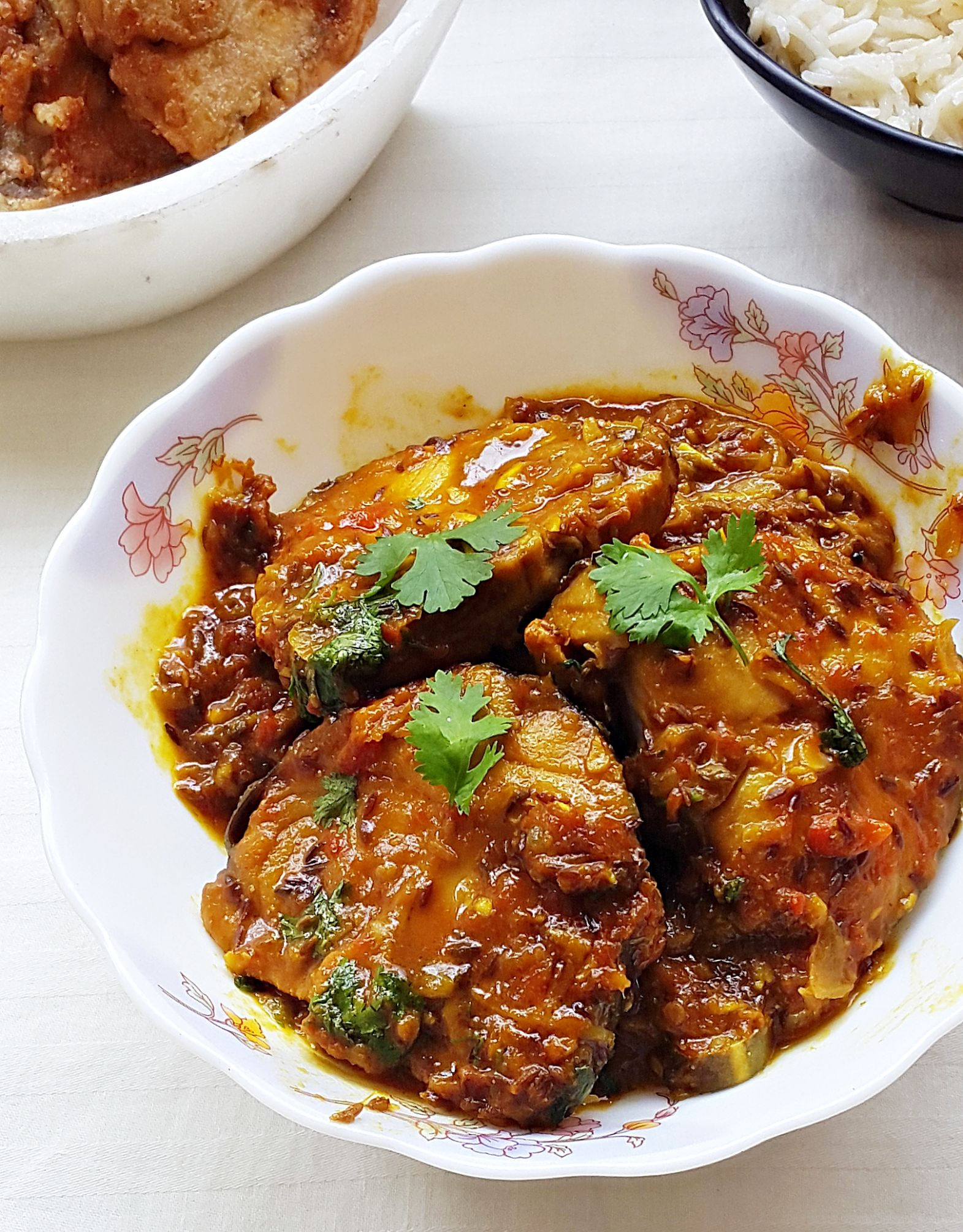 Tamarind king fish curry - king fish (surmai) in tamarind sauce - Fish Recipes North Indian Style