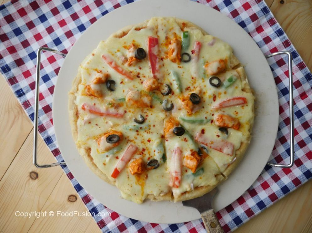 Tawa Chicken Tikka Pizza – Food Fusion