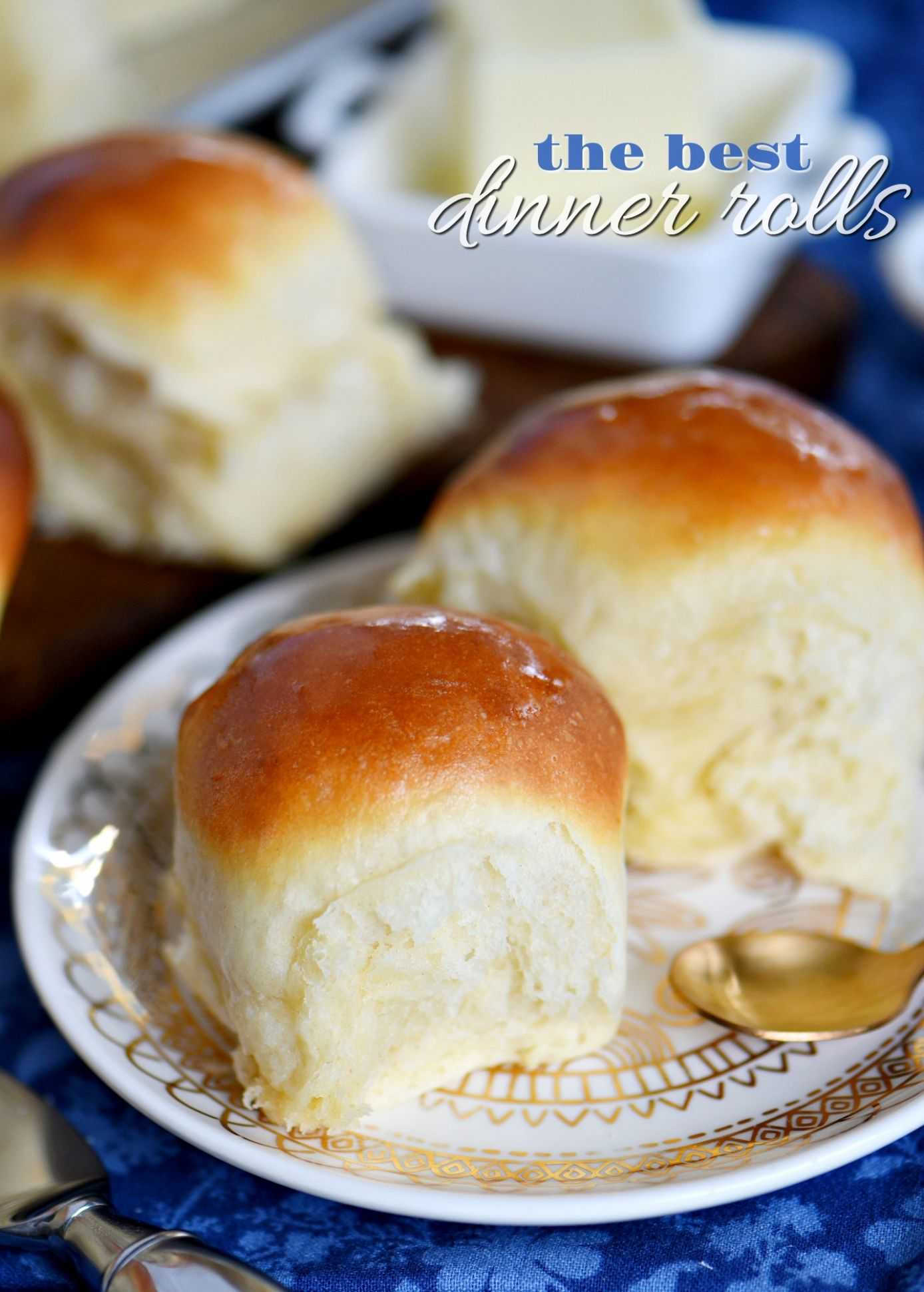 The BEST Dinner Rolls - Simple Yummy Recipes