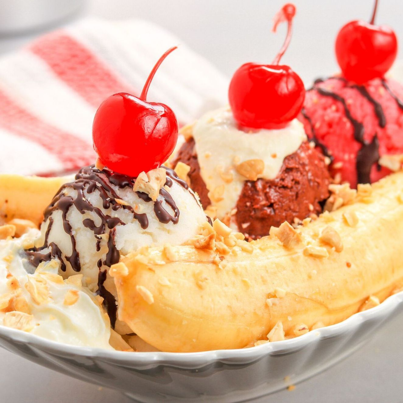 The Perfect Banana Split - Dessert Recipes Ice Cream