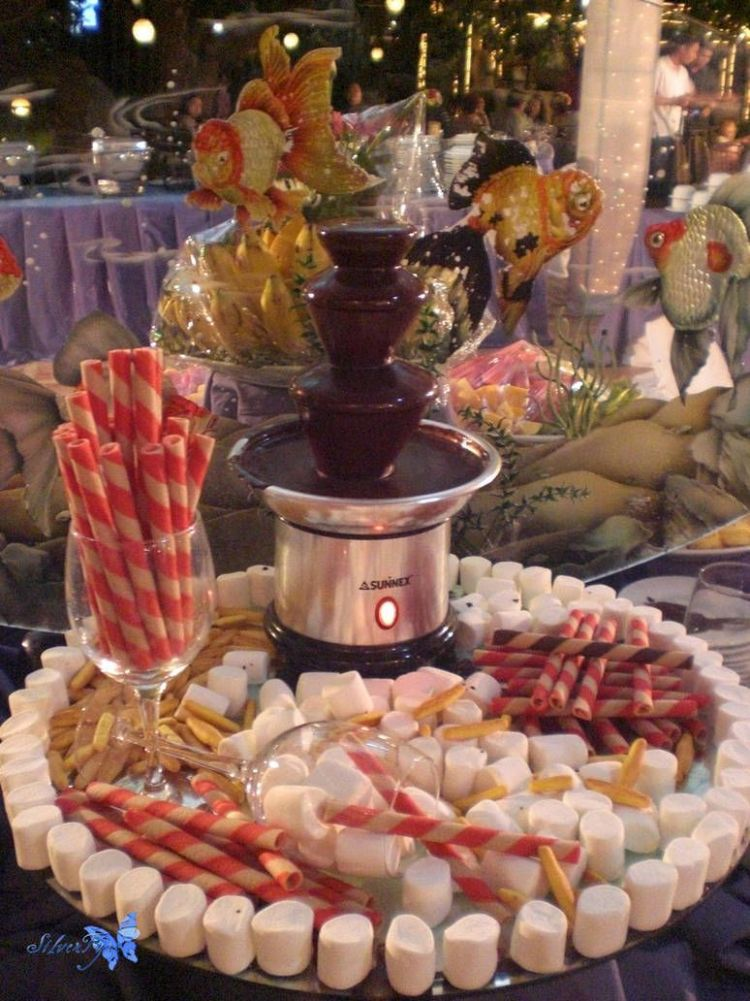 things: Chocolate Fountain 10 by bloodyblue | Chocolate fountain ..