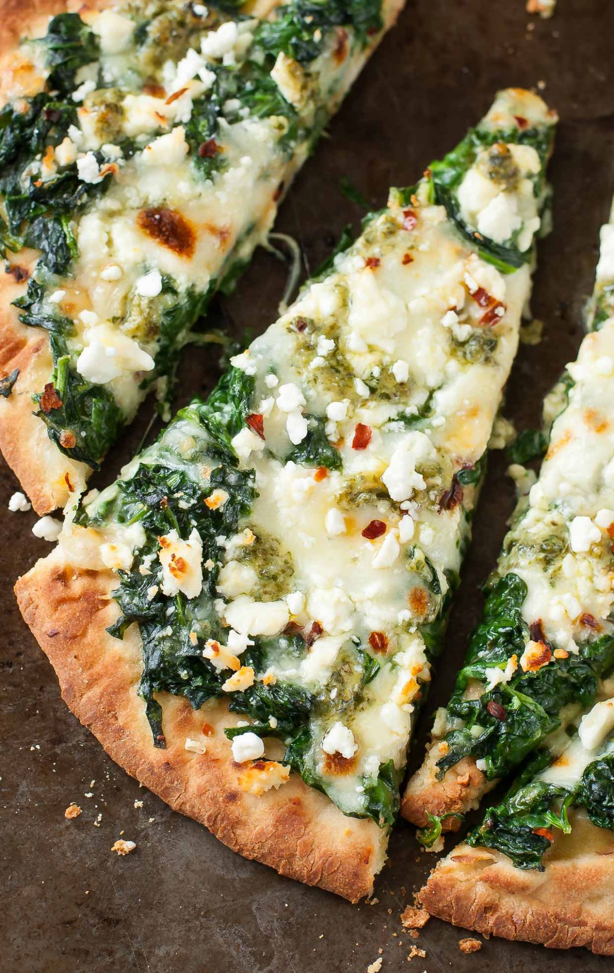 Three Cheese Pesto Spinach Flatbread Pizza - Recipes Pizza With Spinach