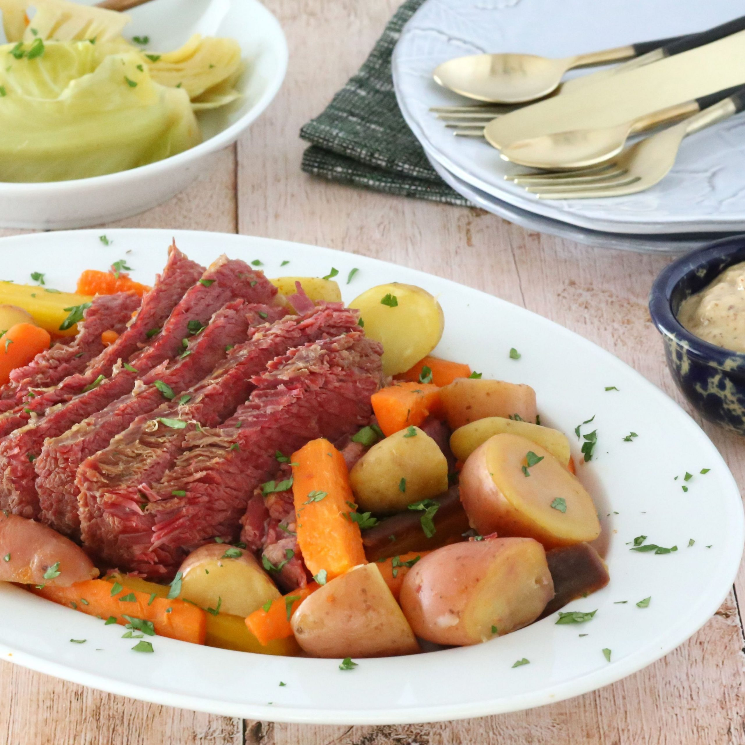 Top 8 Ways to Use Corned Beef - Bully Beef Recipes Za