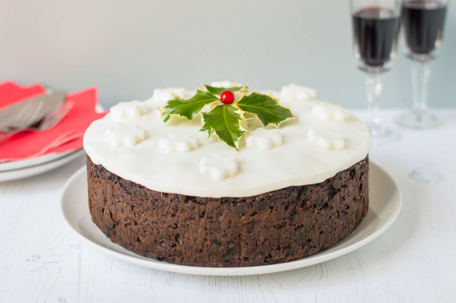 Traditional British Christmas Cake Recipe - Recipes Using Xmas Cake