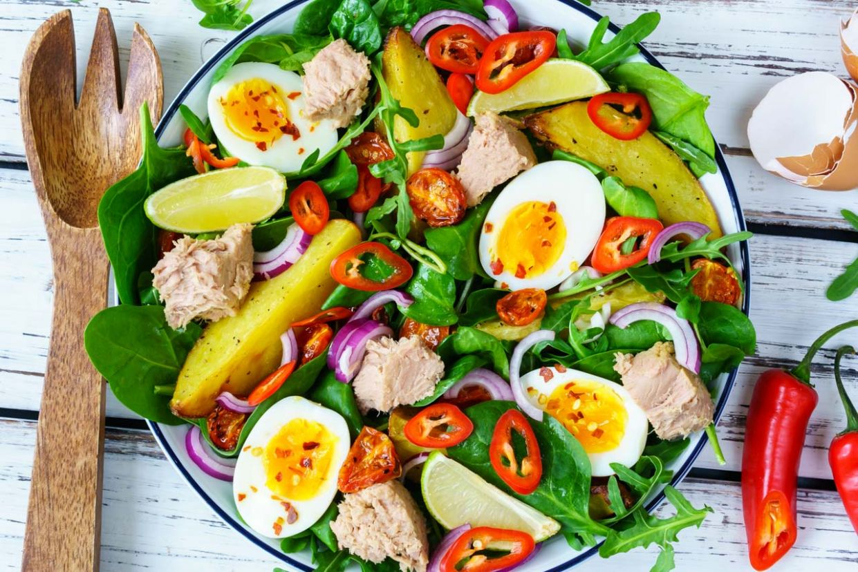 Tuna Niçoise Salad for Clean Eating Anytime!