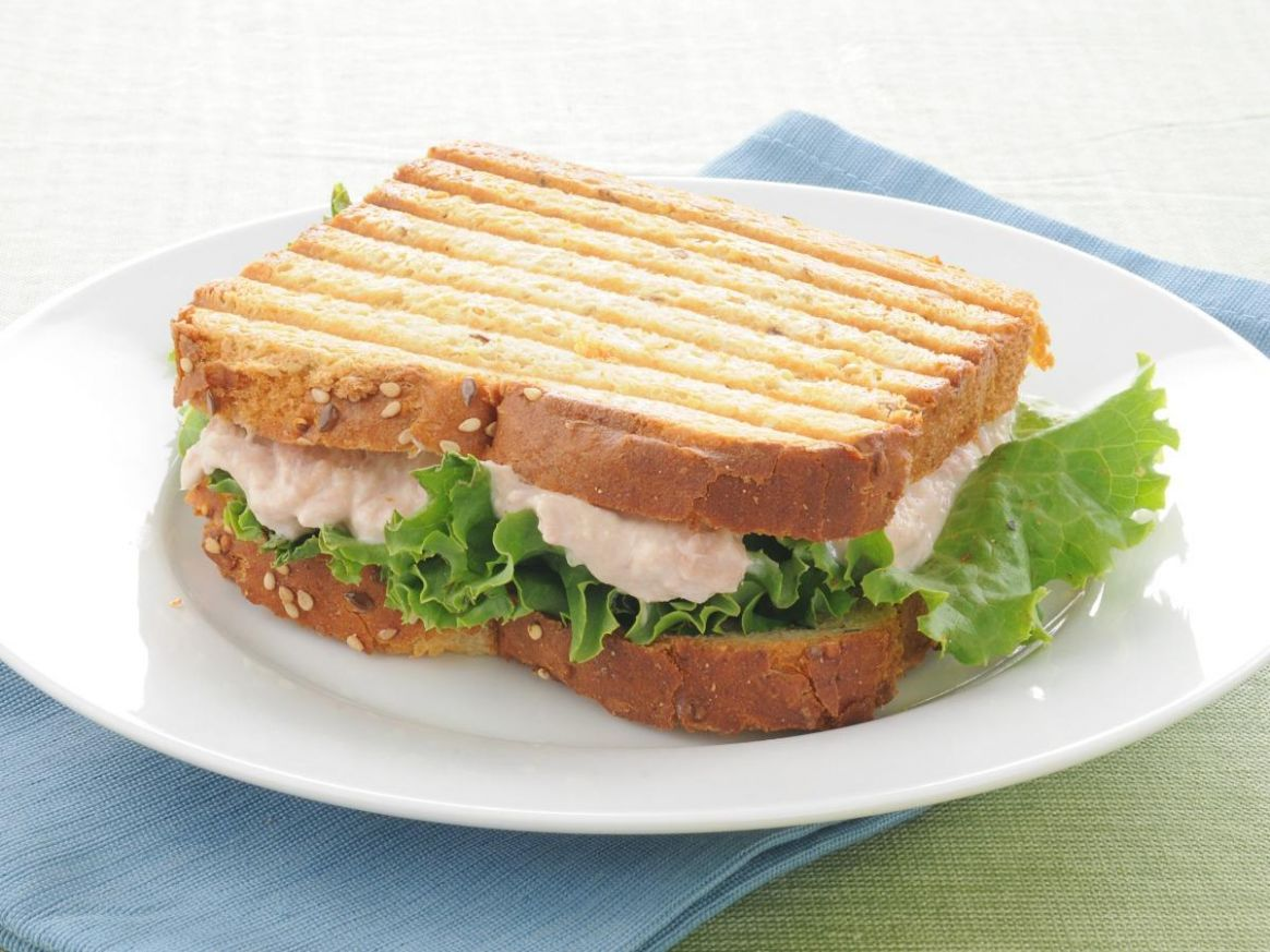 Tuna salad sandwich - Sandwich Recipes With Nutritional Value