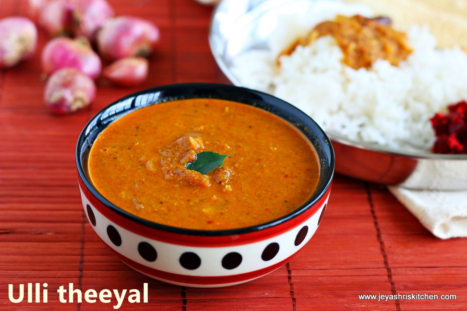 Ulli Theeyal recipe | Kerala Ulli theeyal by Jeyashri's Kitchen