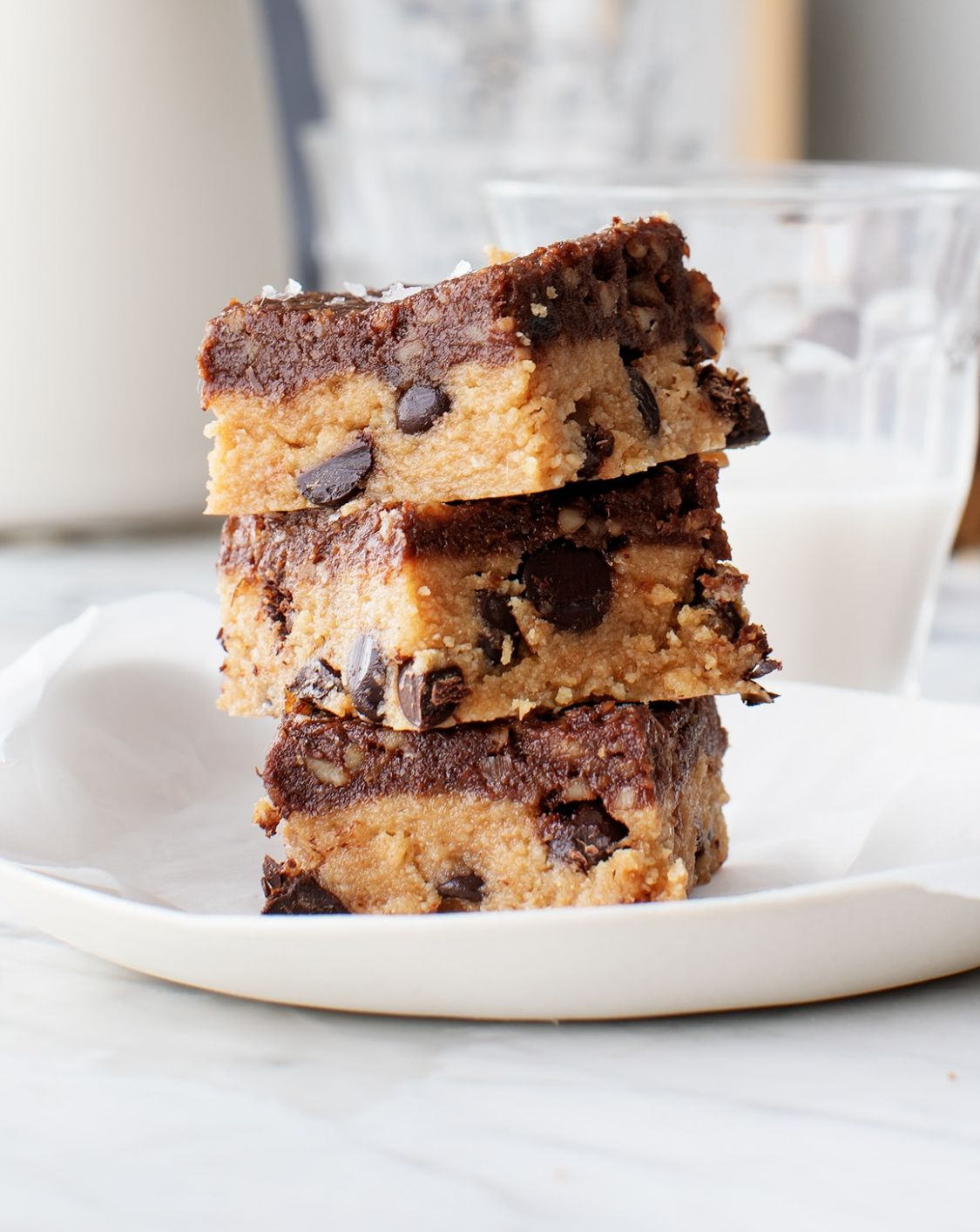 Vegan Desserts: Peanut Butter Cookie Bars - Dessert Recipes Vegan