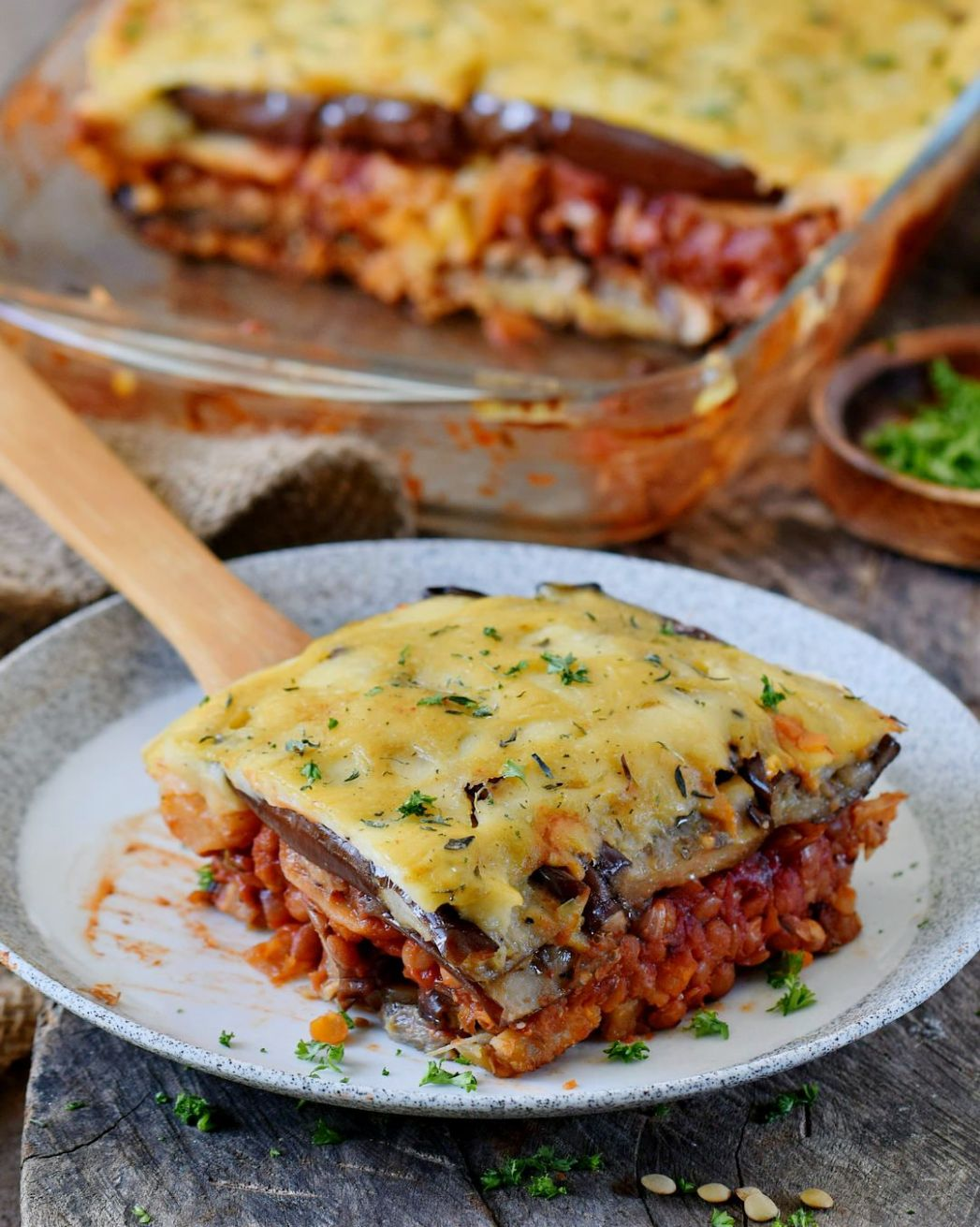 Vegan moussaka with lentils and eggplant! This popular Greek dish ...