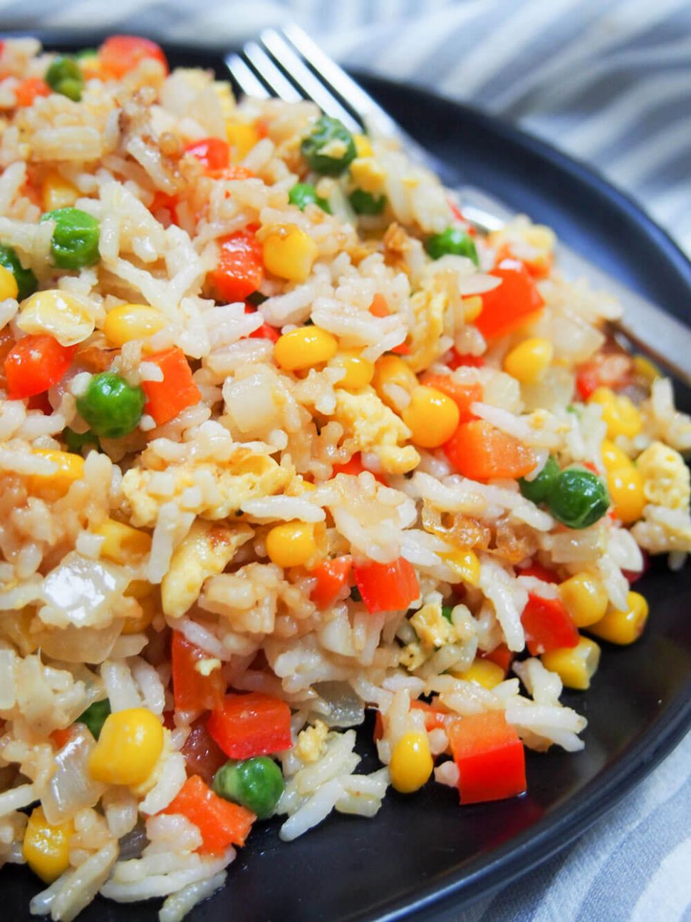 Vegetable egg fried rice - Caroline's Cooking