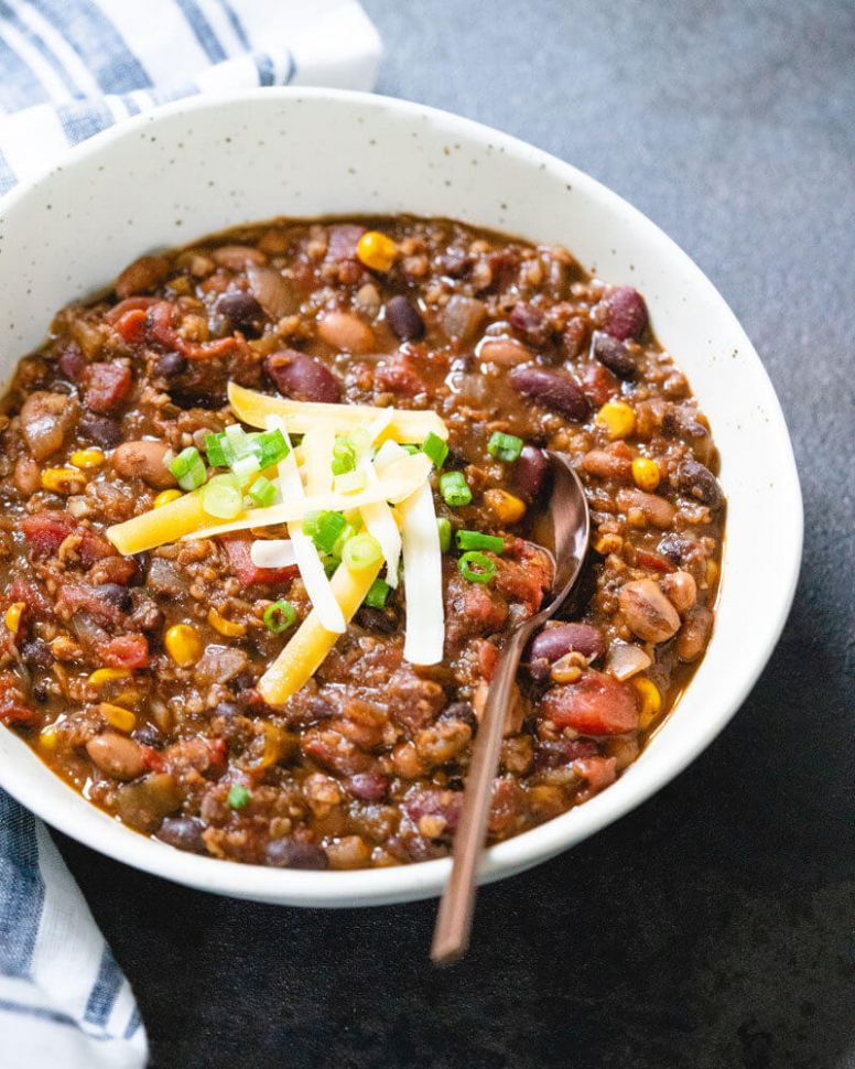 Vegetarian Chili (All of Our Best Secrets!) -- A Couple Cooks - Simple Recipes Vegetarian Chili