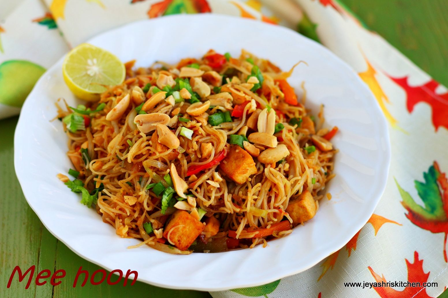 Vegetarian Fried bee hoon recipe | Rice noodles recipe by ..