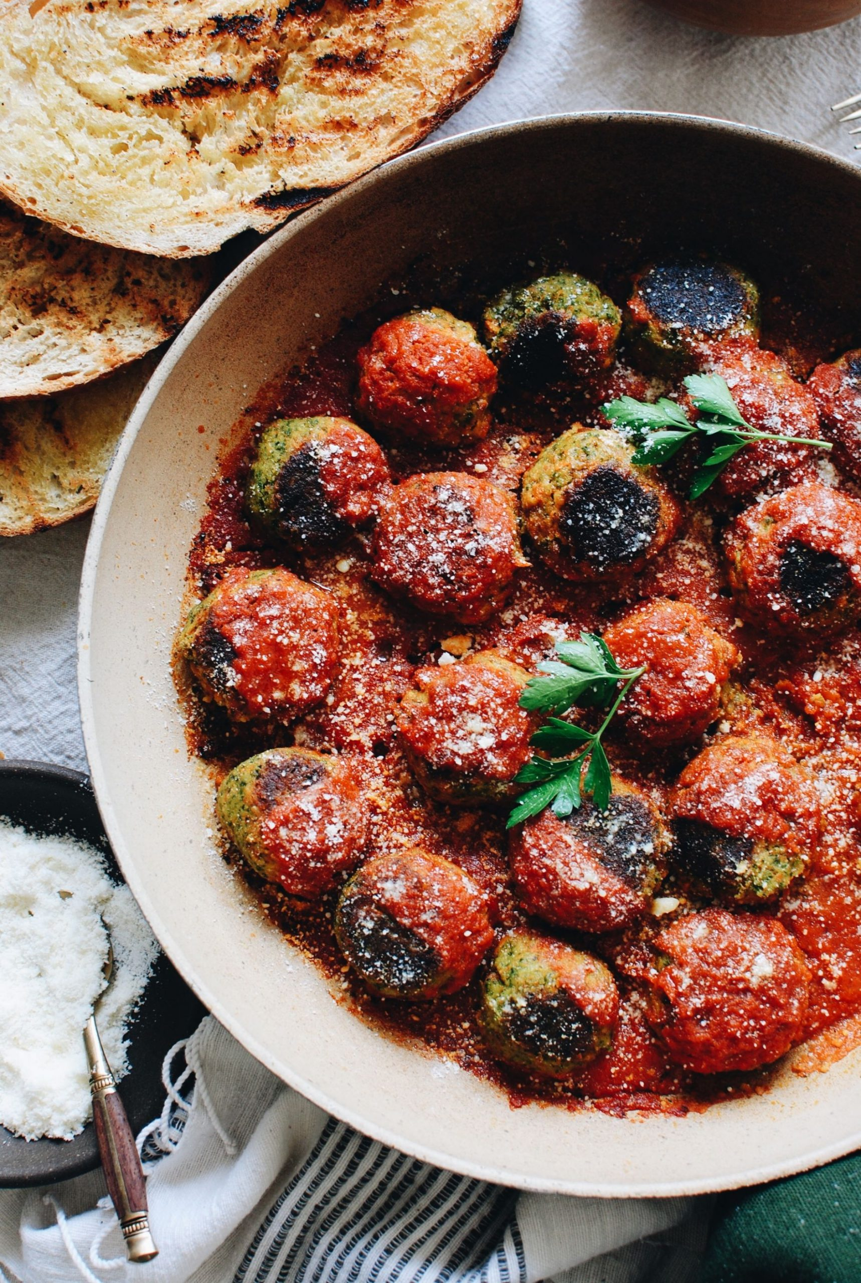 Vegetarian Meatballs with Grilled Bread