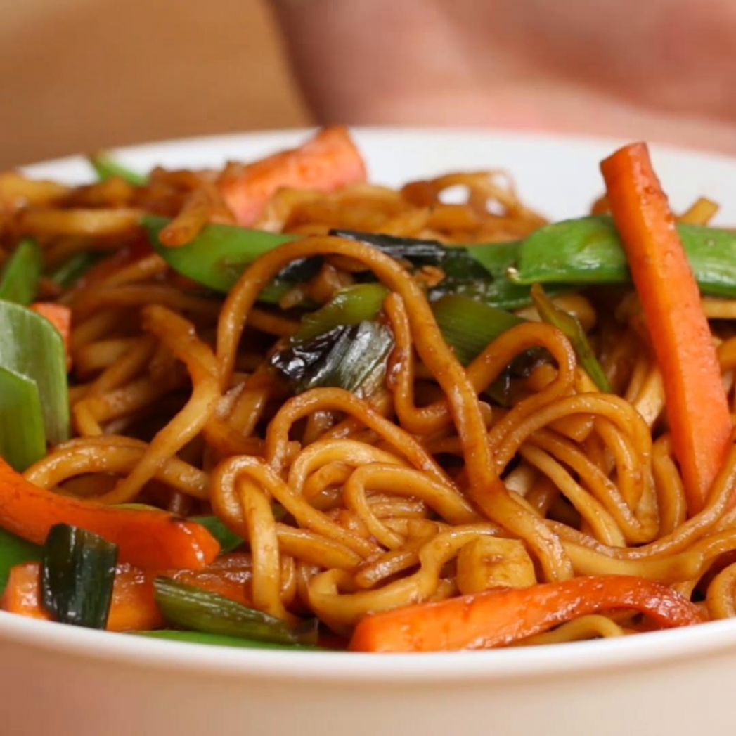 Veggie Garlic Noodles Recipe by Tasty - Vegetable Recipes Tasty