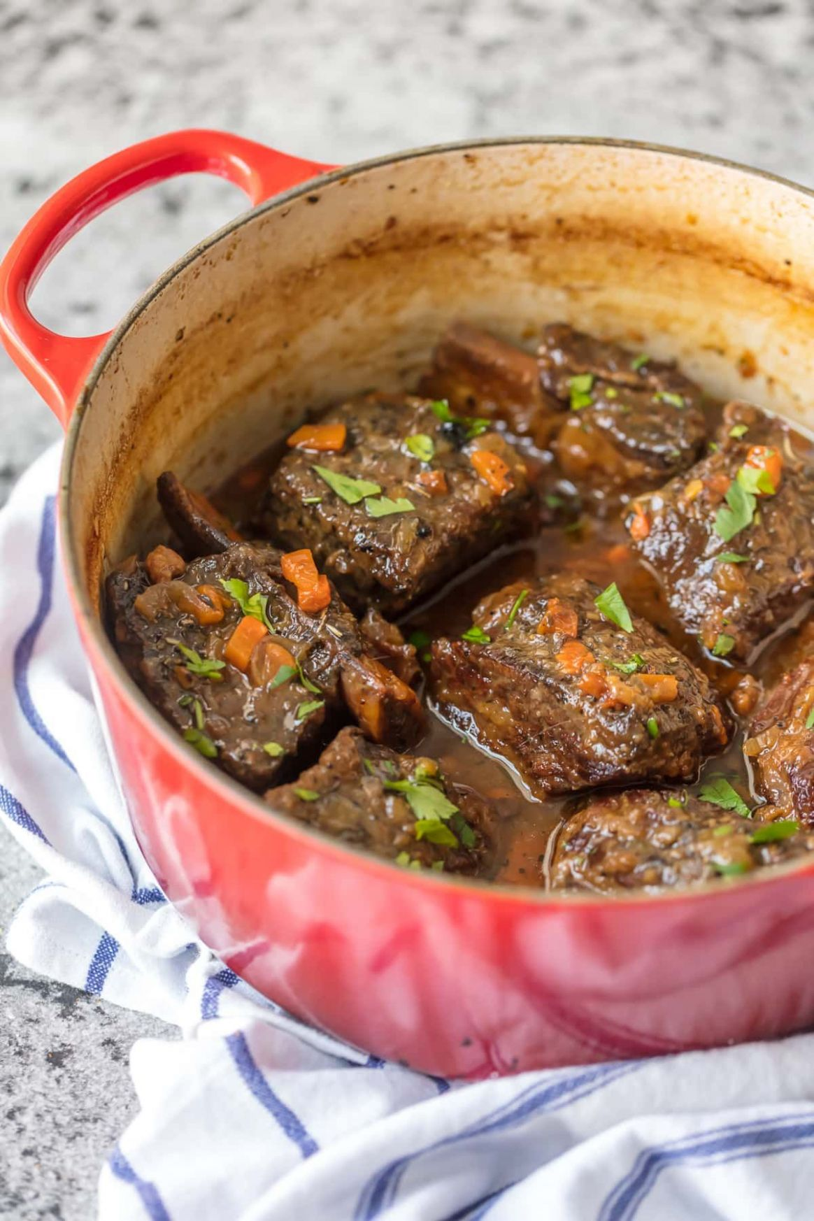 We love these DUTCH OVEN HONEY BOURBON SHORT RIBS! It's so easy to ...